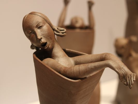 Gerit Grimm turns ceramic figures into storytellers by Diane M. Bacha