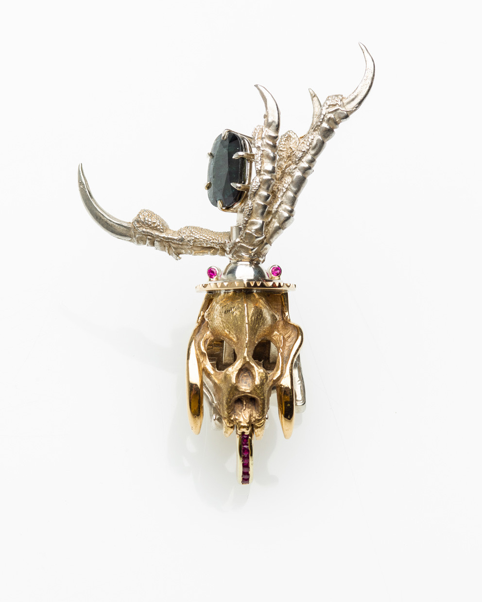 Bat Skull (Hairclip), 18 K. yellow gold, sterling silver, corundum, synthetic ruby sculpture by Lucas Pointon.