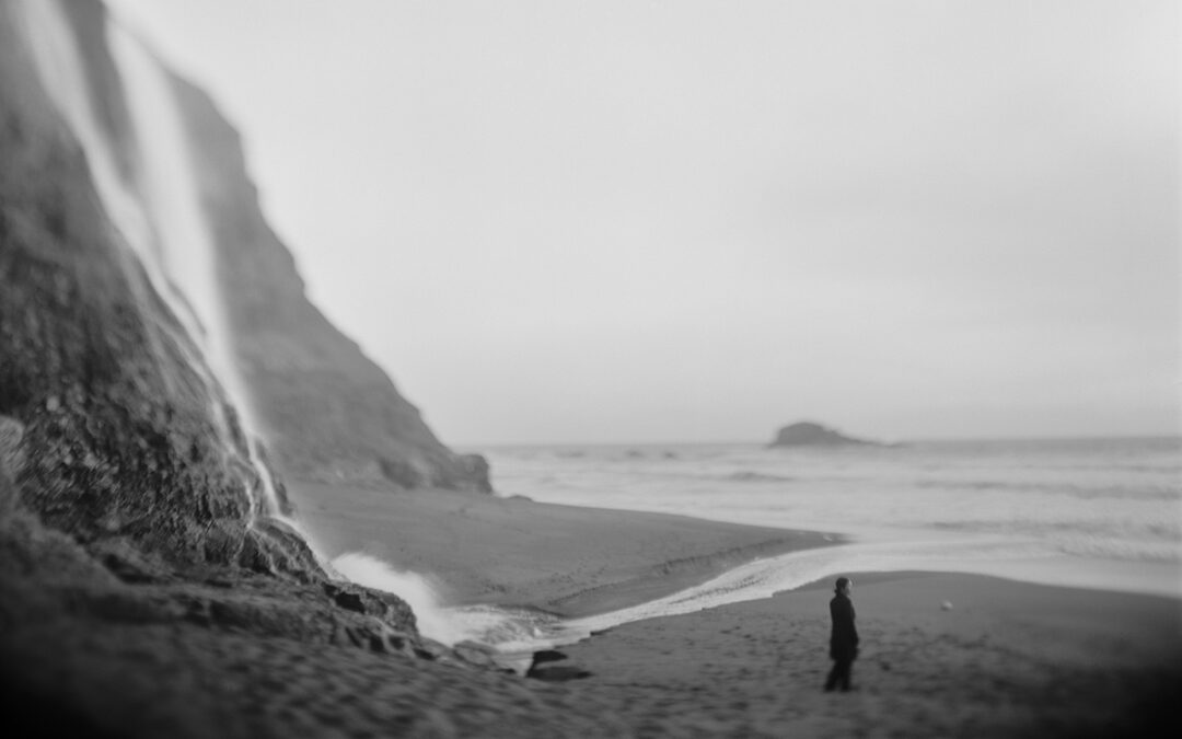 Photograph from Tomiko Jones' Hatsubon series.