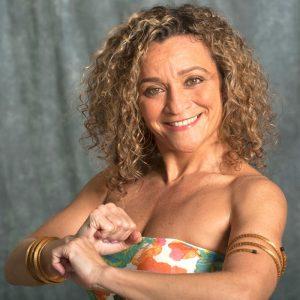 Quenia Ribeiro headshot