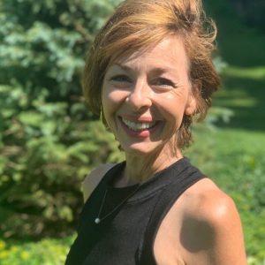 Peggy Dunsworth headshot